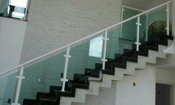 Escada corrimão vidro