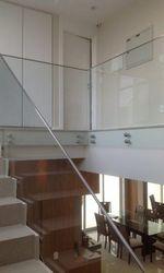 Guarda corpo de escada em vidro