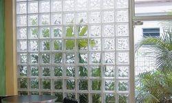 Bloco de vidro incolor