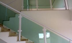 Corrimão escada vidro preço