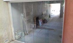 Fechamento de vidro temperado
