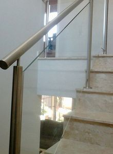 corrimão de escada cromado