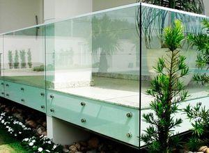 guarda corpo com vidro temperado