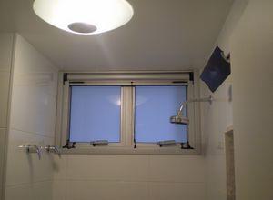 janela para banheiro