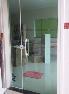 porta de vidro sala comercial