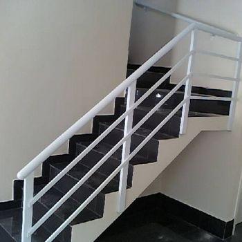 Guarda Corpo De Escada Em Ferro Vidracaria Ideal